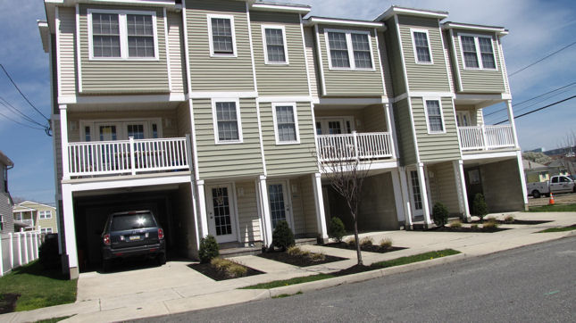 Wildwood Crest Summer Vacation Rental - 243 E. Topeka Road, Wildwood Crest