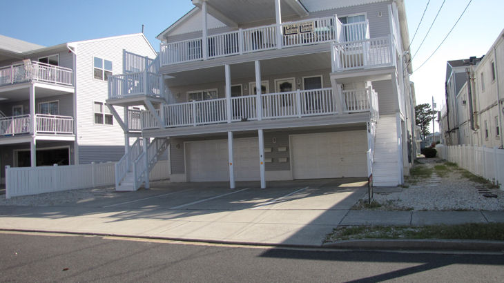 North Wildwood Summer Vacation Rental - 506 E. 7th AvenueB, North Wildwood